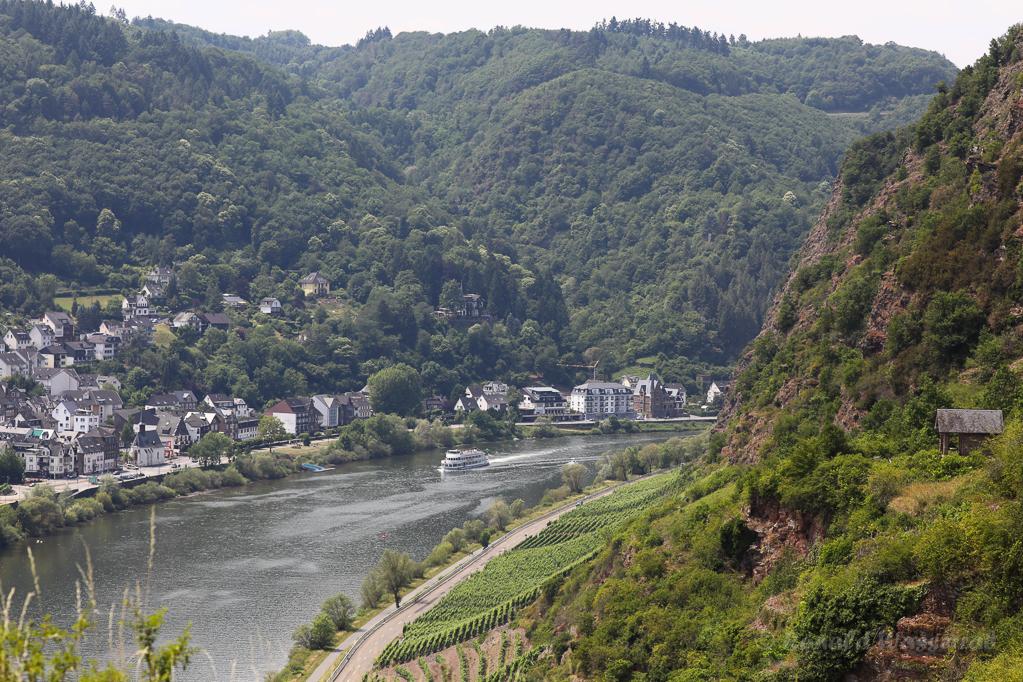 Cochem-Sehl mit Kloster Ebernach