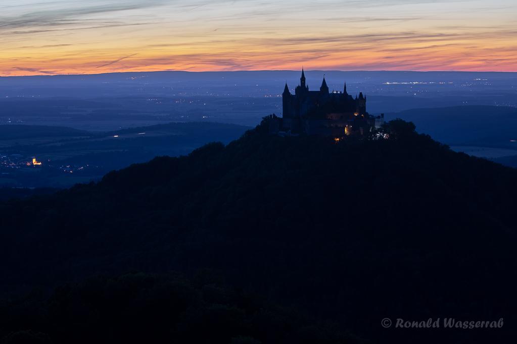 Burg Hohenzollern zur Blauen Stunde