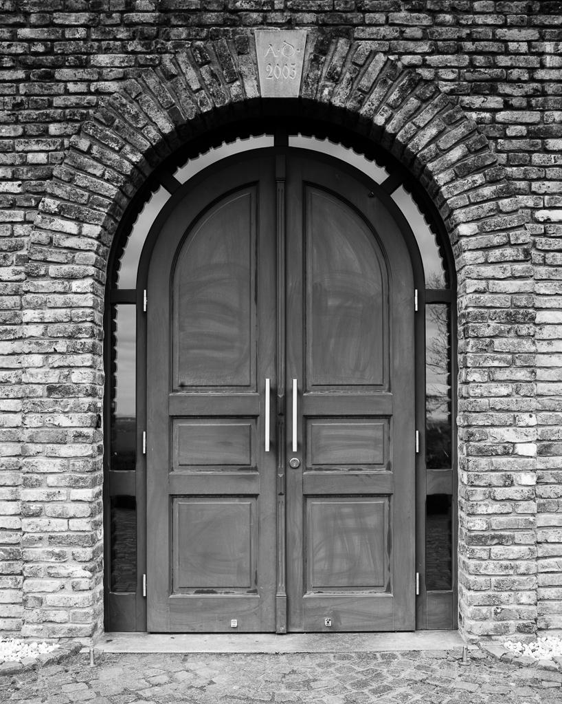 Eingangstür der Hubertuskapelle