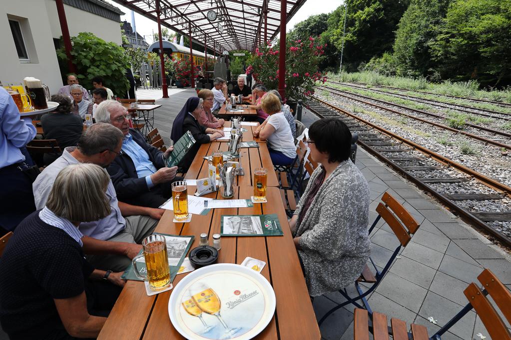 Mittagessen im Nord-Bahnhof Krefeld 2273