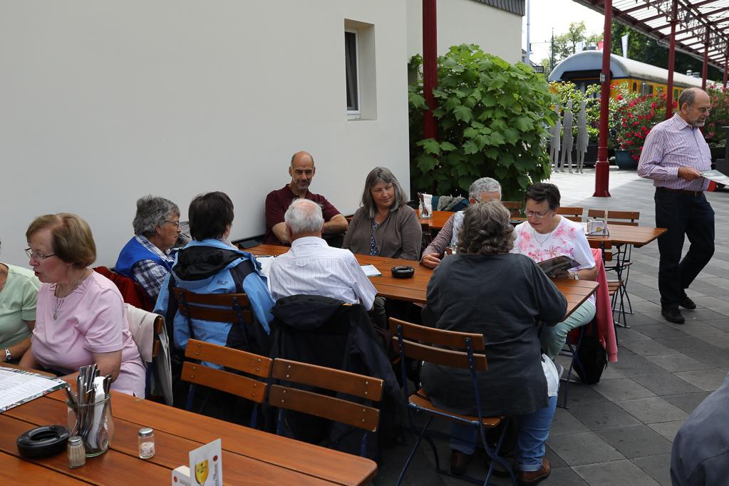 Mittagessen im Nord-Bahnhof Krefeld 2274