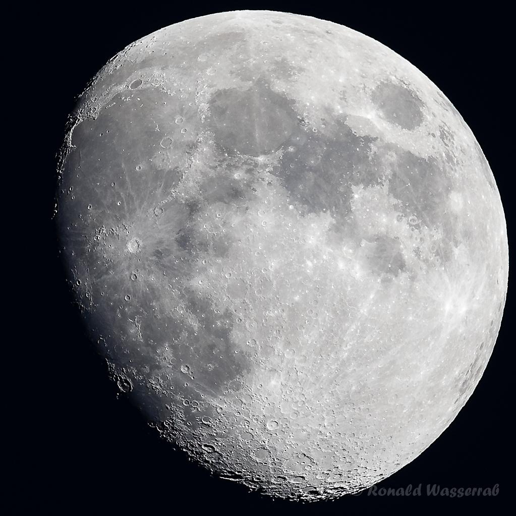 Zunehmender Mond über Höchenschwand