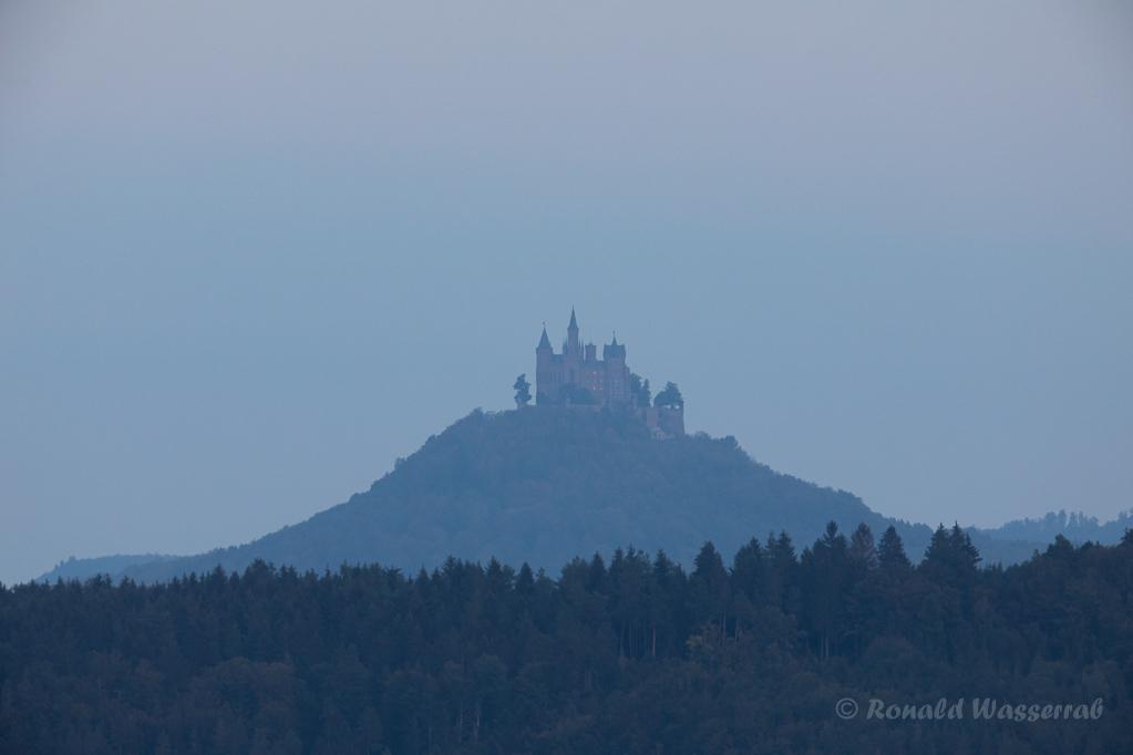Burg Hohenzollern im Dunst