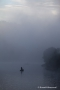 Anglerboote im Morgennebel