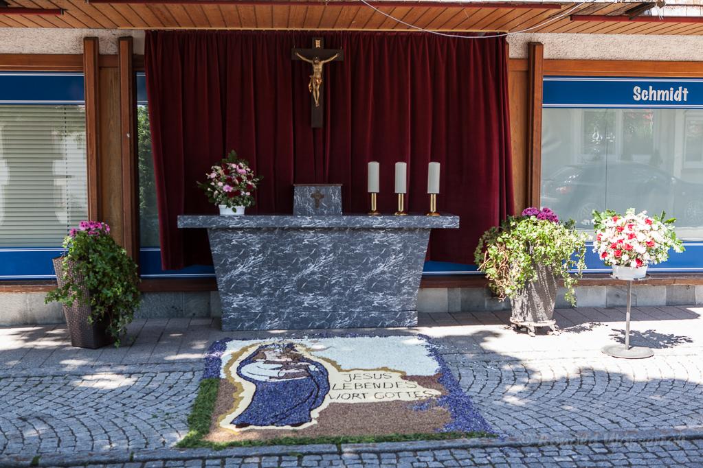 Altar am Kaufhaus Schmidt
