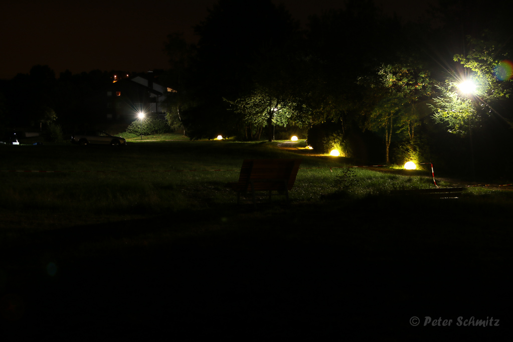 Vor dem Feuerwerk im Kurgarten Foto: Peter Schmitz