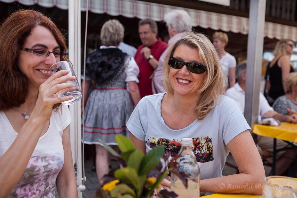 Elke (li.) und Susi (re.) beim Kirner