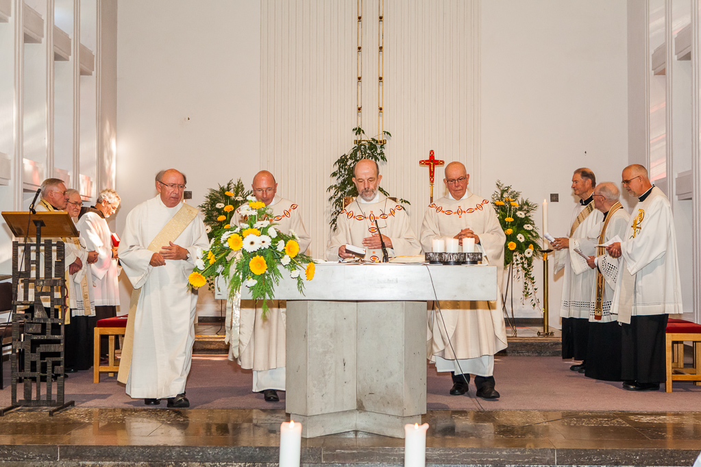 Beginn der Messe