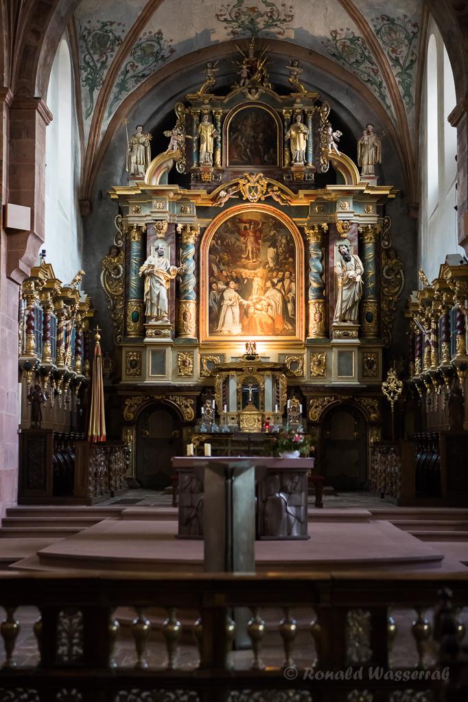 Blick zum barocken Hochaltar