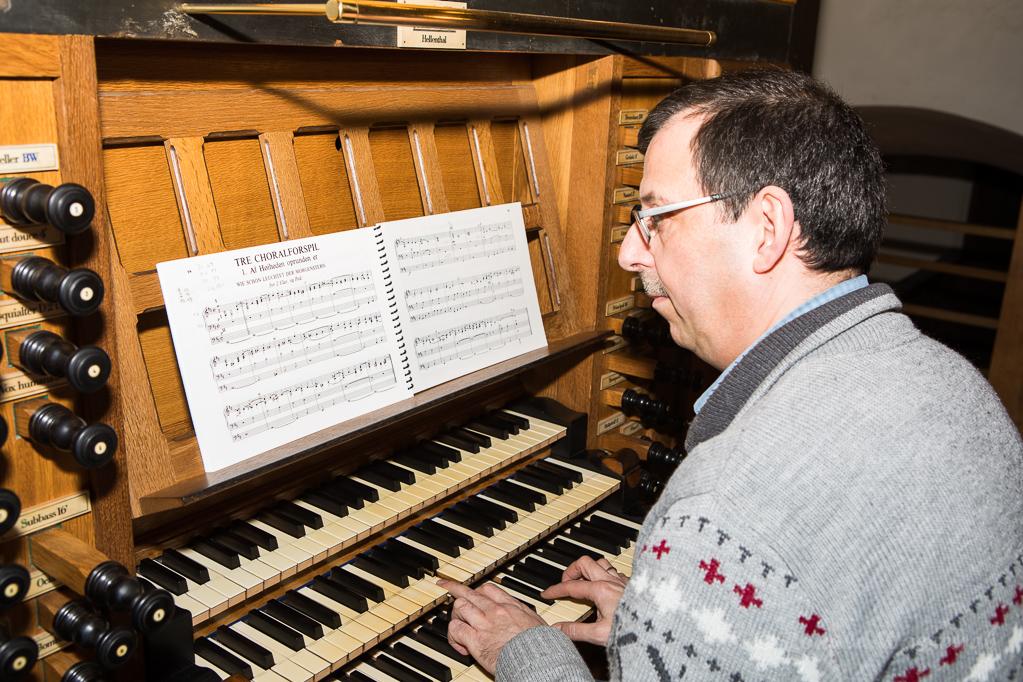 Andreas Warler spielt N.W. Gade an der König-Orgel Steinfeld