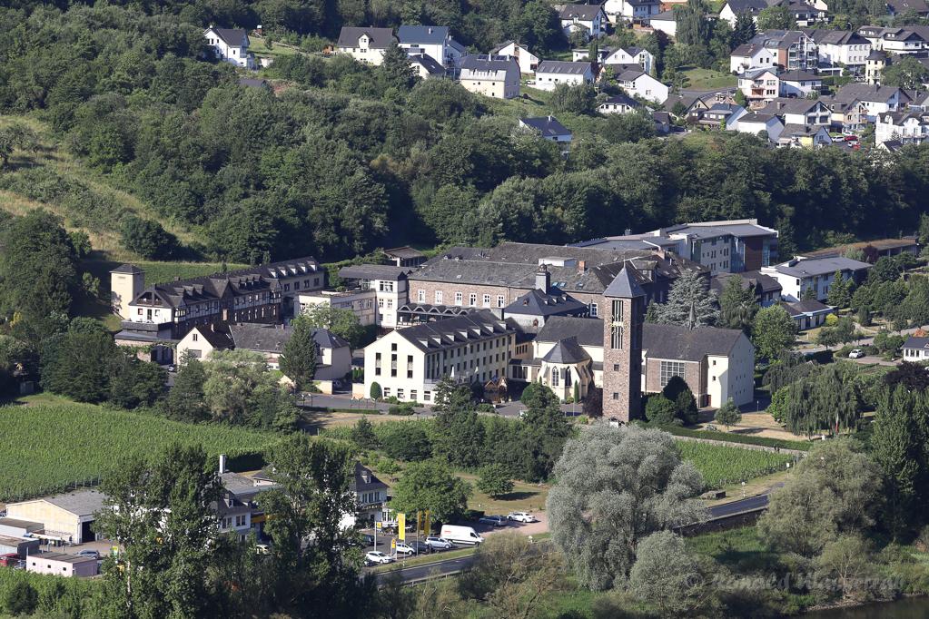 Cochem-SehlM mit Kloster Ebernach