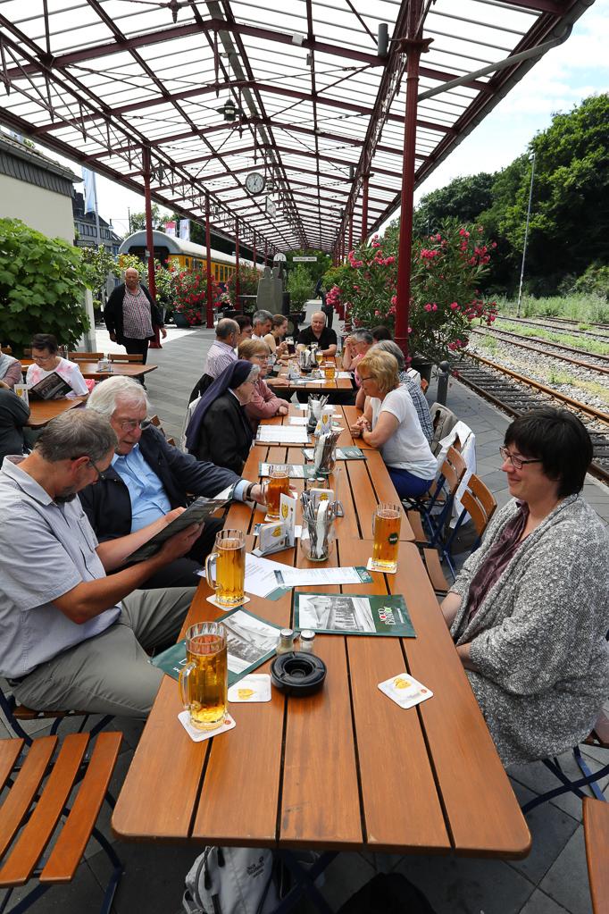 Mittagessen im Nord-Bahnhof Krefeld