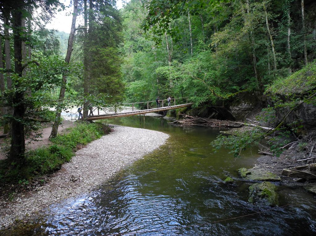 Behelfsbrücke am Erdrutsch (Foto: Heinz-Dieter Hannes)