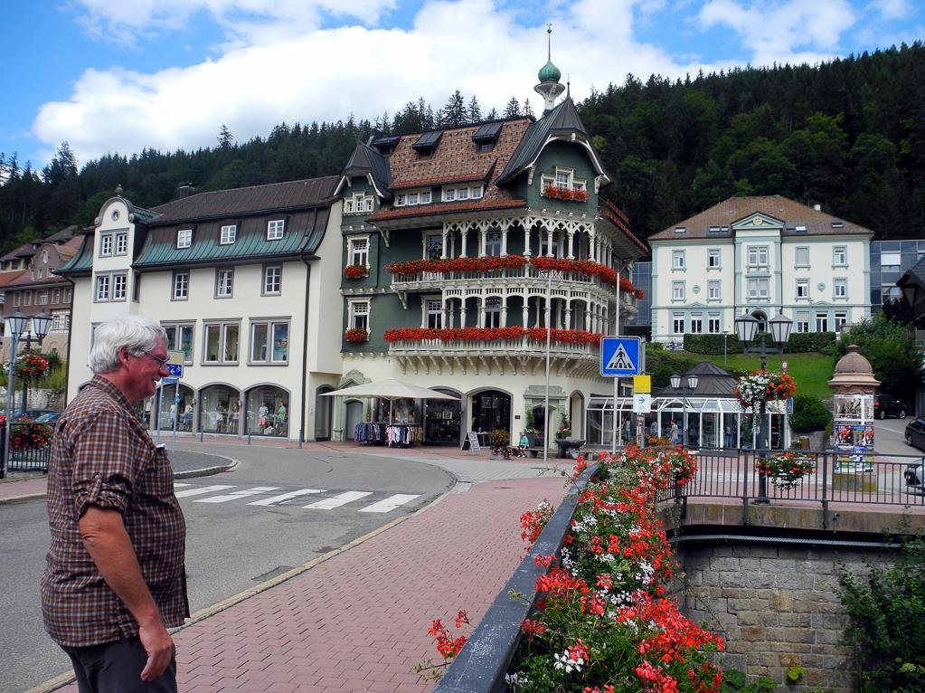 Schmidt-Arkaden in St. Blasien (Foto: Heinz-Dieter Hannes)