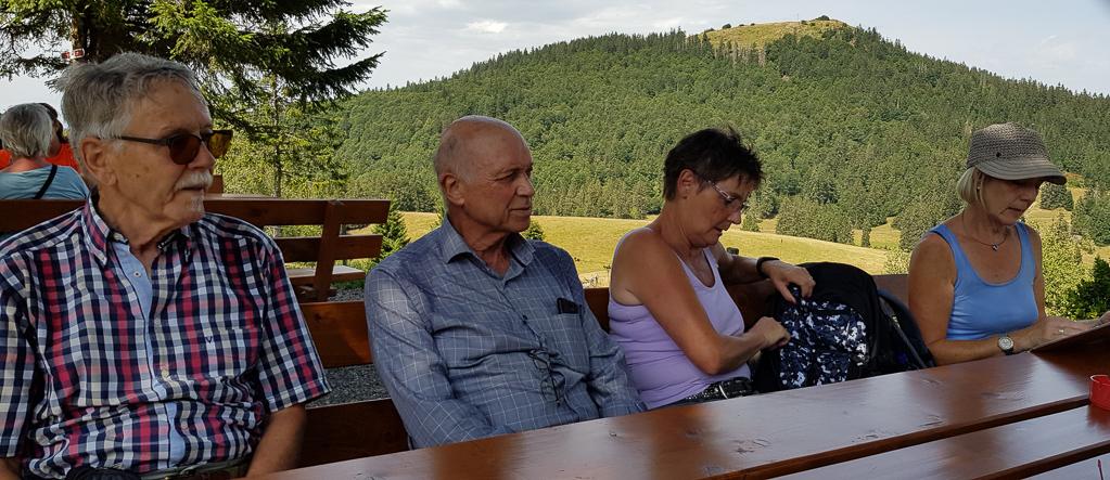 An der Krunkelbachhütte - im Hintergrund das Herzogenhorn