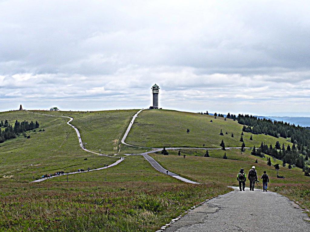 Vom Turm zum Gipfel (Foto: Heinz-Dieter Hannes)