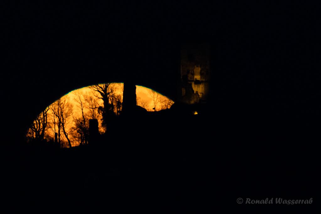 Mondaufgang am Drachenfels