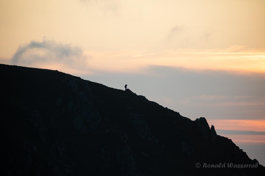 Wanderer am Morgen auf dem Hohneck