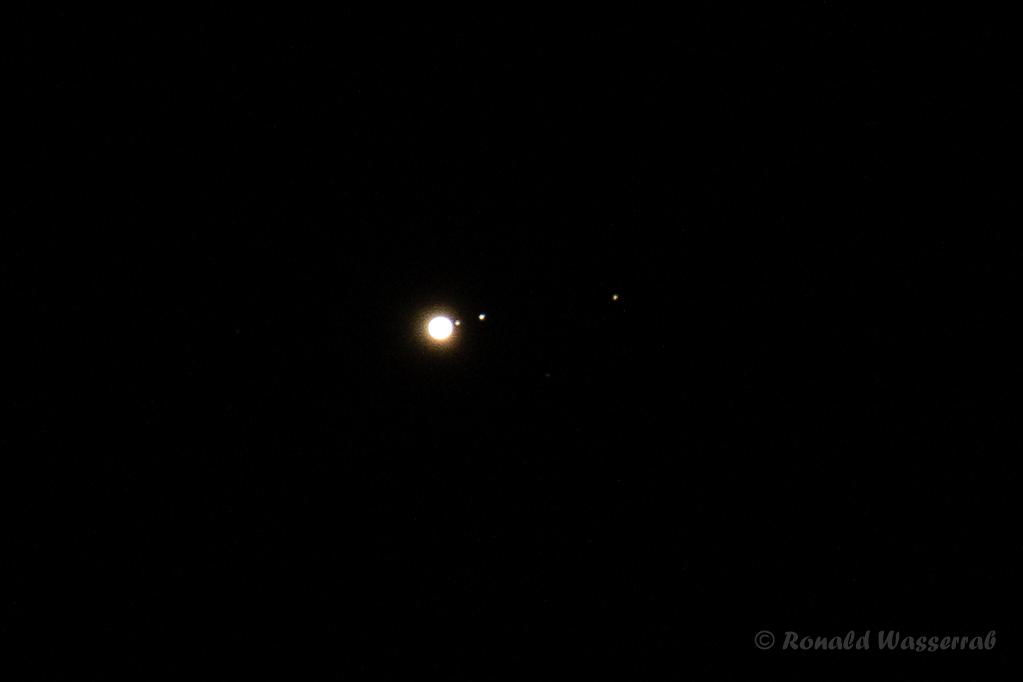 Jupiter mit einigen seiner Monde - Astrofotografie
