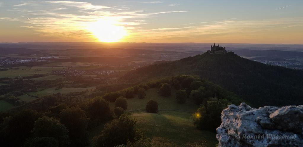 Sonnenuntergang an der Burg Hohenzollern