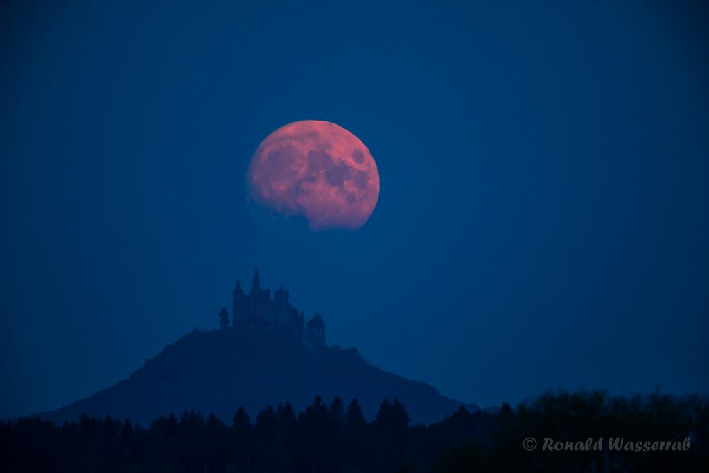 Der Mond hat die Burg verlassen