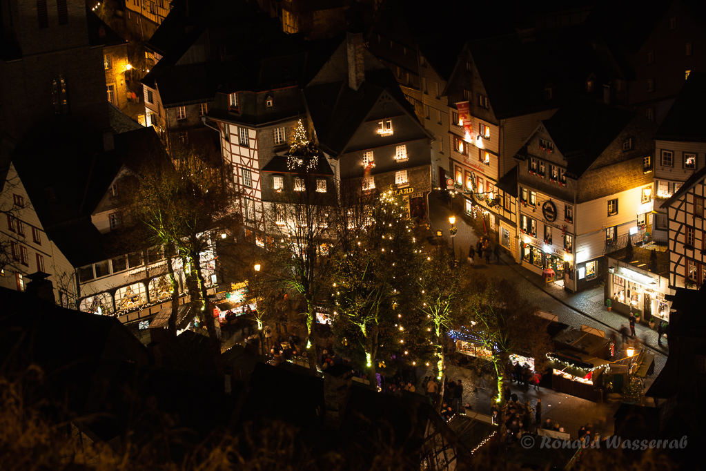 Weihnachtliche Impressionen - Weihnachtsmarkt in Monschau