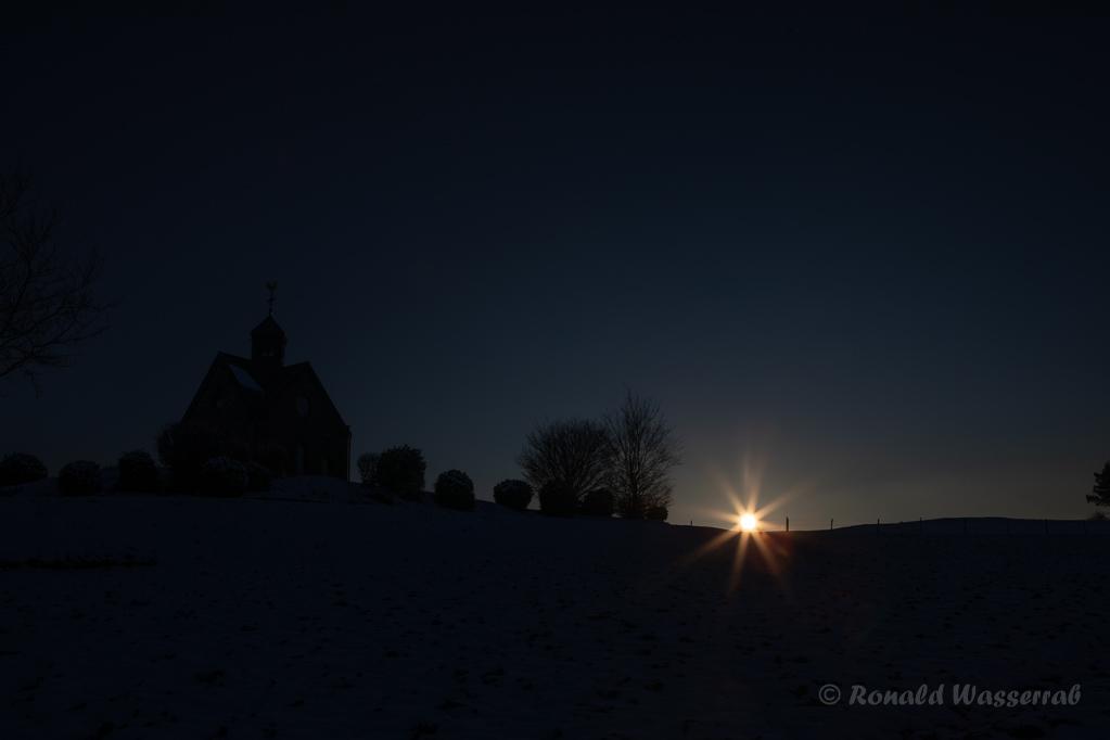 Hubertuskapelle bei Sonnenuntergang