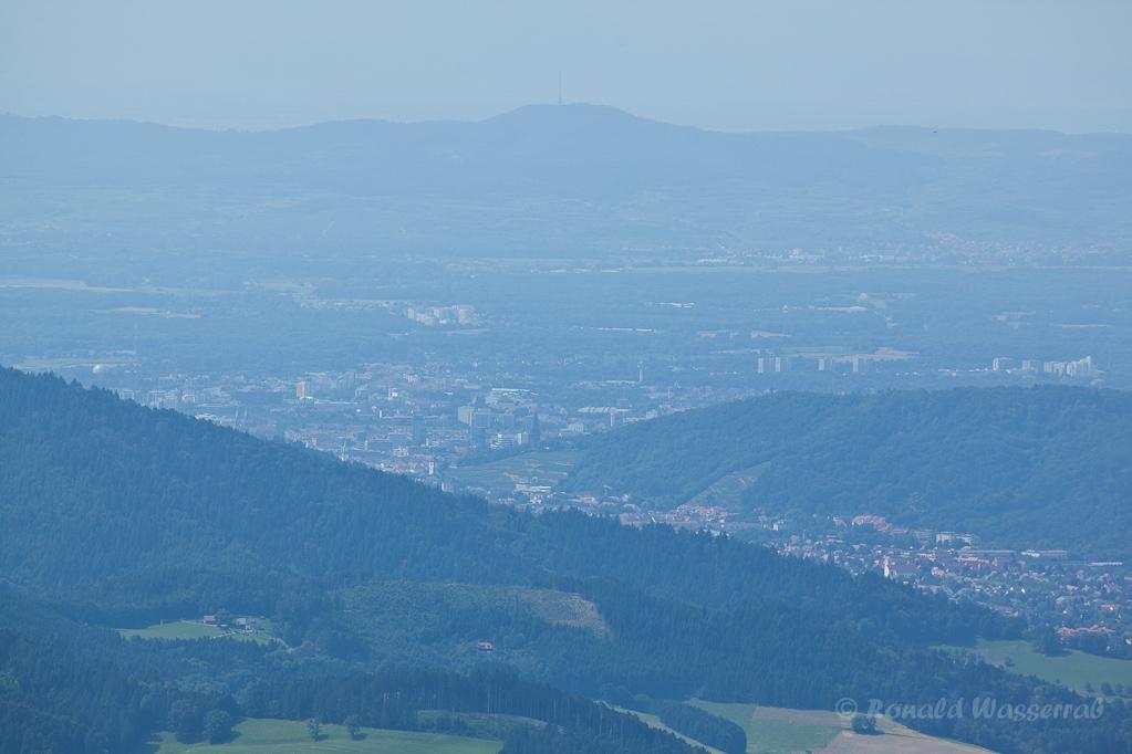 Wandern überm Himmelreich - Blick auf Freiburg vom Hinterwaldkopf