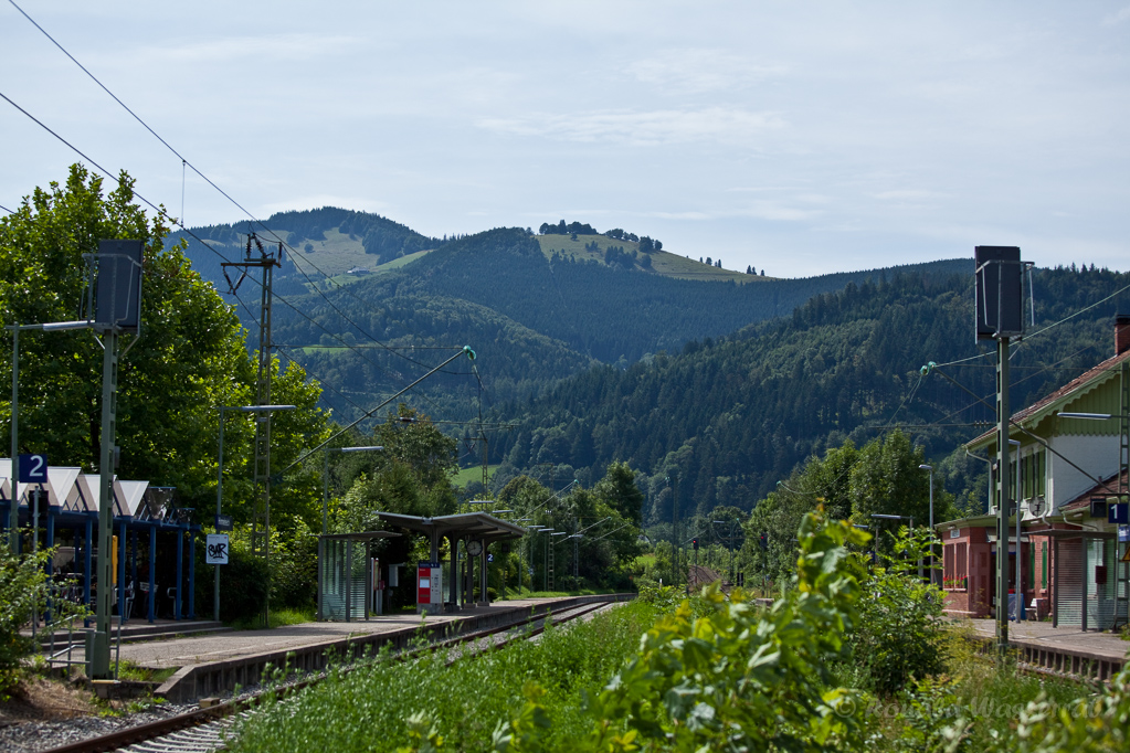 Wandern überm Himmelreich - Blick vom Bahnhof Himmelreich zur Höfener Hütte