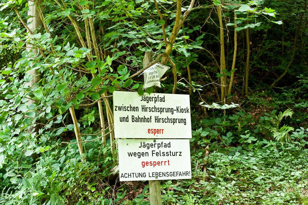 Wandern überm Himmelreich - Sperrschild Jägerpfad