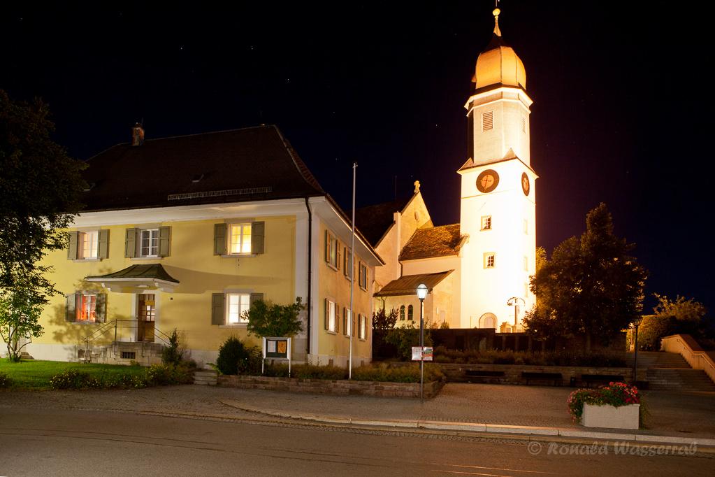 St. Michael Höchenschwand mit Pfarrhaus
