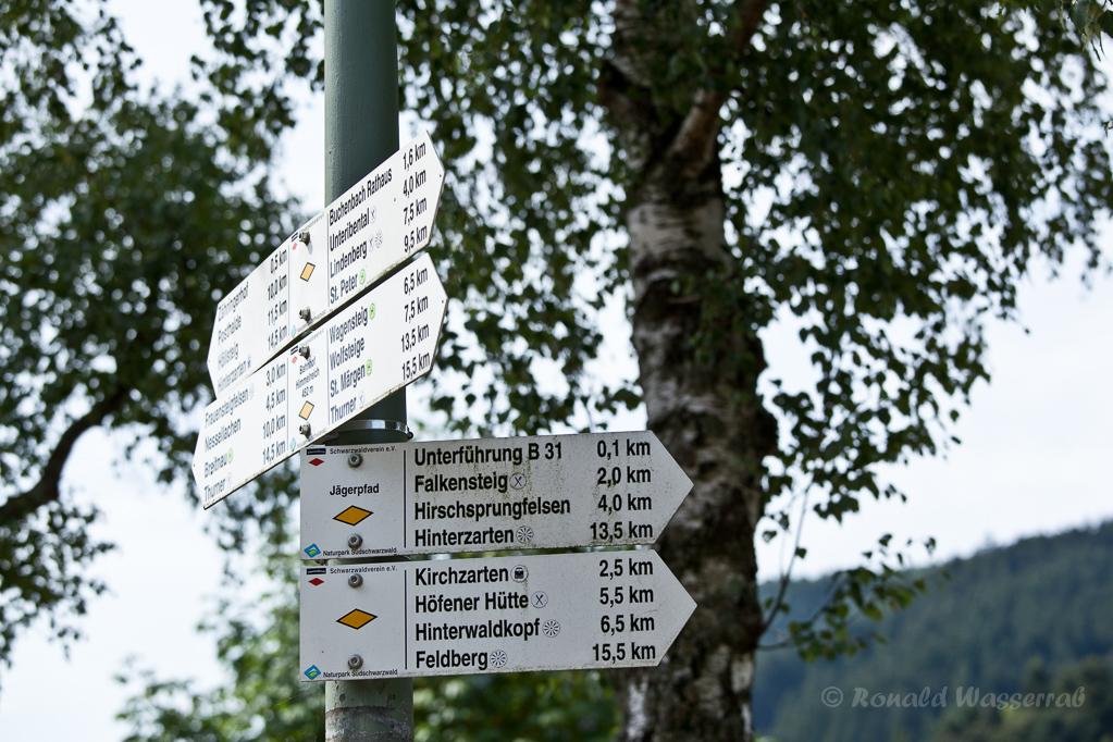 Wandern überm Himmelreich - Wegweiser in Himmelreich